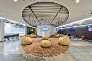 Vmware-The-Executive-Briefing-Center-(EBC)-where-customers-have-an-opportunity-to-explore-VMware-products-and-services-face-to-face-with-executives-and-engineers-alike